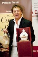 Premiato a Milano Enzo Iacchetti